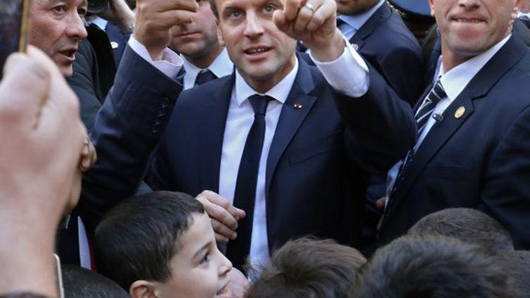 La visite d'Emmanuel Macron n'aura duré qu'une douzaine d'heures. (LUDOVIC MARIN / AFP)
