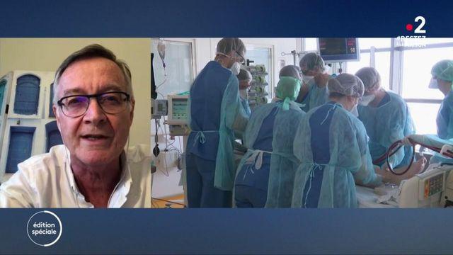 """Coronavirus: """"On a atteint un plateau, espérons que ce sera le plus élevé"""", explique l'épidémiologiste Antoine Flahault"""