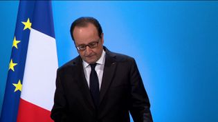 François Hollande annonce son choix de ne pas se présenter à la présidentielle de 2017, le 1er décembre 2016, à l'Elysée, à Paris. (FRANCEINFO)