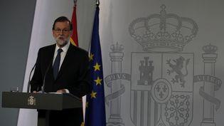 Le Premier ministre espagnol Mariano Rajoy, lors d'une déclaration à Madrid, le 1er octobre 2017. (SERGIO PEREZ / REUTERS)