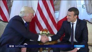La visite de Donald Trump fait débat (FRANCE 3)
