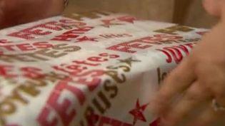 Des boîtes de Noël pour les sans-abris (capture écran) (FRANCE 3)