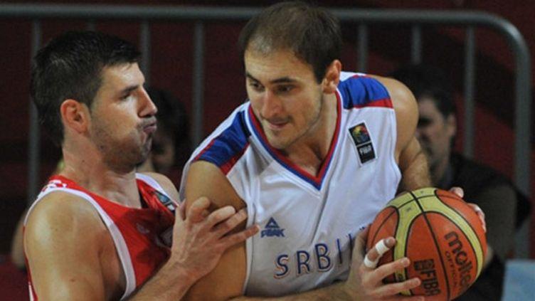 Le Serbe Krstic à l'attaque du Croate Banic