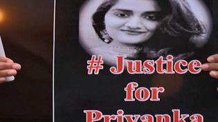 Les Indiennes réclament justice pour Privanka (FRANCEINFO)