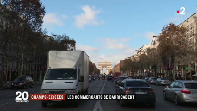 """""""Gilets jaunes"""" : les Champs-Élysées se préparent"""