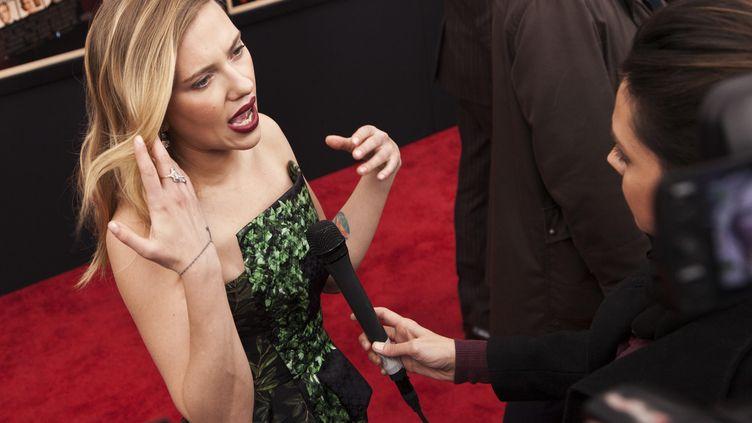 """Scarlett Johansson lors de la première du film """"Hitchcock"""", à New York (Etats-Unis), le 18 novembre 2012. (ANDREW KELLY / REUTERS)"""