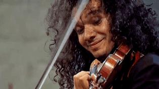 Nemanja Radulovic interprètait au festival de la Chaise-Dieu leConcerto pour violon de Sergueï Prokofiev avec l'Orchestre national de Lorraine  (France 3 / Culturebox)