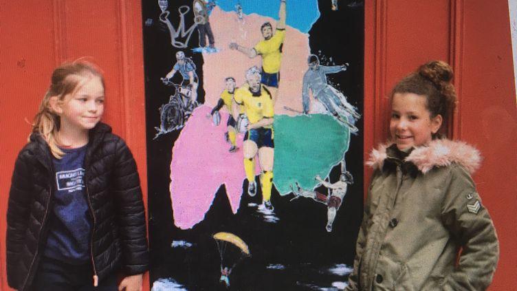 Carmen et Fantine, fans de l'ASM, l'équipe de rugby de Clermont-Ferrand (INGRID POHU / RADIO FRANCE)