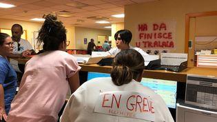 À Bastia en Corse, les personnels des urgences de l'hôpital sont en grève depuis le 24 juillet 2019. (MATTHIEU MONDOLONI / FRANCE-INFO)