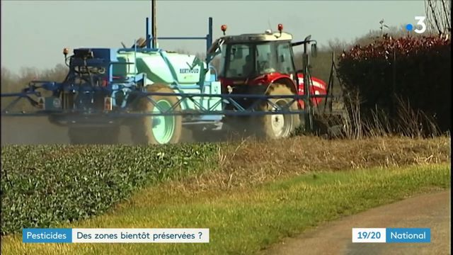 Pesticides : l'État se dit prêt à imposer des zones de non-traitement