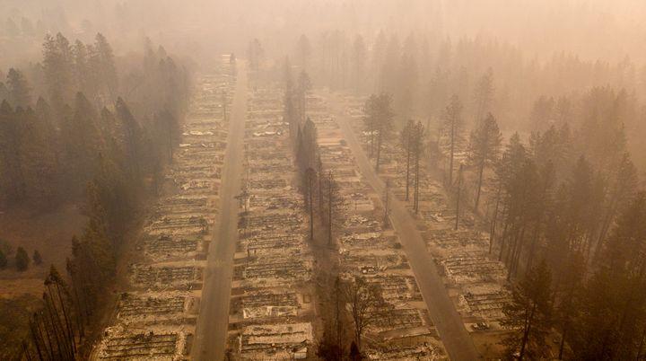 Unezone de Paradise (Californie), dévastée après un incendie, le 14 novembre 2018. (JOSH EDELSON / AFP)