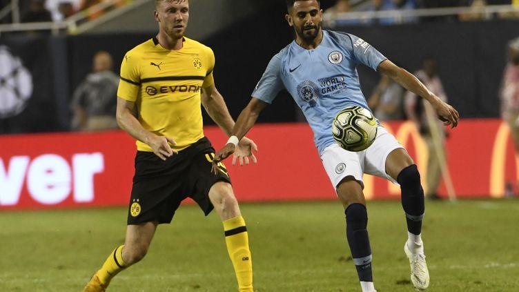 Riyad Mahrez s'est incliné pour sa première sortie avec Manchester City. (DAVID BANKS / GETTY IMAGES NORTH AMERICA)