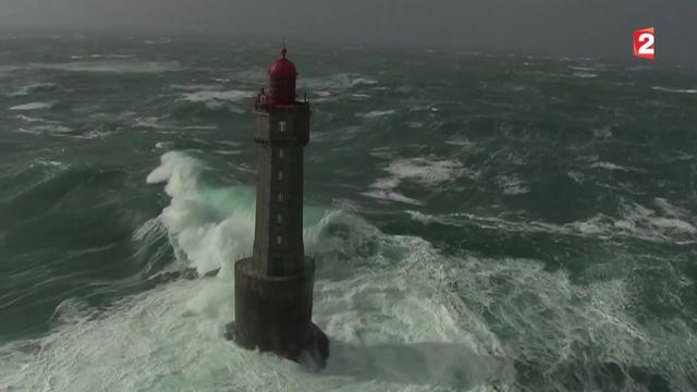 Tempête : des images aériennes impressionnantes en Bretagne