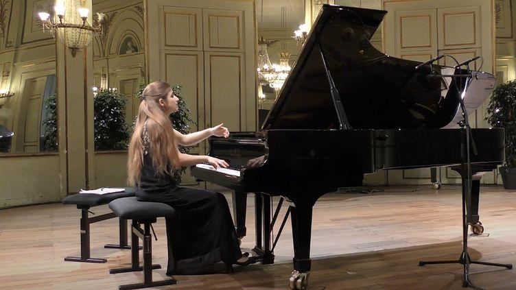 La pianiste Maroussia Gentet sacrée lauréate du 13e concours international de piano d'Orléans le 19 mars 2018.  (OCI)