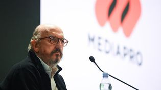 Le président de Mediapro, Jaume Roures, le 21 octobre 2020, lors d'une conférence de presse à Paris. (FRANCK FIFE / AFP)