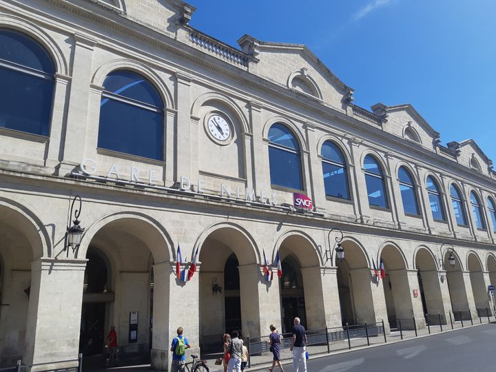 La justice a enquêté sur des marchés passés sans appels d'offres lors de l'aménagement du quartier de la gare de Nîmes. (TONY SELLIEZ / RADIO FRANCE)