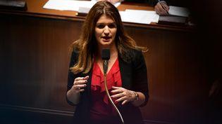 La secrétaire d'Etat chargée de l'Egalité entre les femmes et les hommes Marlène Schiappa, lors d'une séance de questions au gouvernement, le 6 novembre 2018 à l'Assemblée nationale à Paris. (LIONEL BONAVENTURE / AFP)
