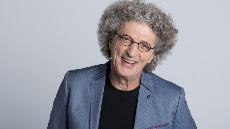 Le cinéaste Elie Chouraqui, consultant volley pour France Télévisions aux Jeux Olympiques de Rio (NATHALIE GUYON)