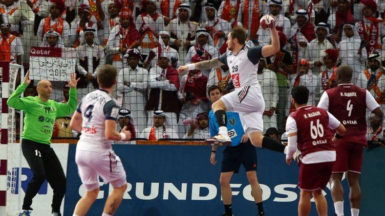 La France a battu le Qatar, à Doha, 25 à 22, en finale du Mondial de handball, dimanche 1er février 2015. (MARWAN NAAMANI / AFP)