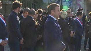 """Soixante ans après le massacre du 17 octobre 1961, à Paris, Emmanuel Macron a dénoncé lors d'une cérémonie d'hommage, samedi 16 octobre, des """"crimes inexcusables"""" pour la République ciblant le préfet d'alors, Maurice Papon. (Capture d'écran France 2)"""