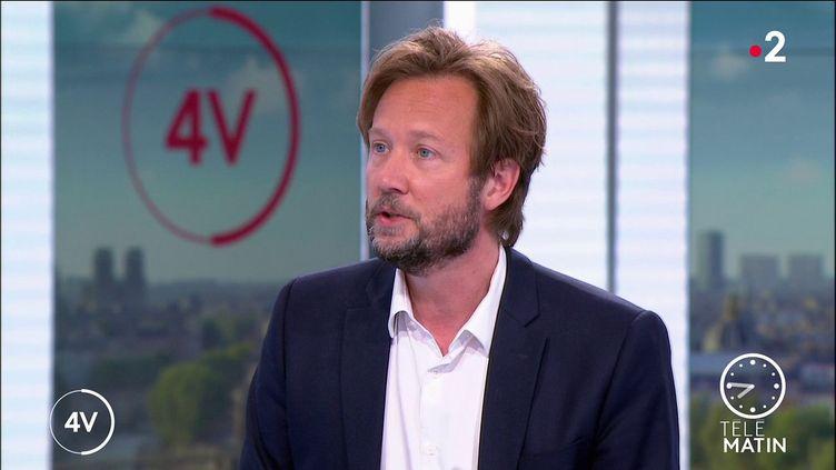 Le porte-parole du PS, Boris Vallaud. (France 2)