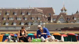 Deauville sa plage et ses belles villas, un jour de juillet 2013  (CHARLY TRIBALLEAU / AFP)