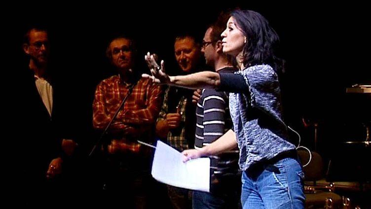 """Sabine Quindou, auteur et animatrice du spectacle """"Souffler n'est pas jouer""""  (France 3 / Culturebox / capture d'écran)"""