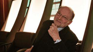 Michel Tournier le 17 janvier 2007 à Paris, avant l'enregistrement d'une émission pour France 5  (Olivier Laban-Mattei / AFP)