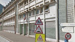 La façade de l'école maternelle Ariane-Muriers, à Nice. (GOOGLE STREET VIEW / FRANCETV INFO)