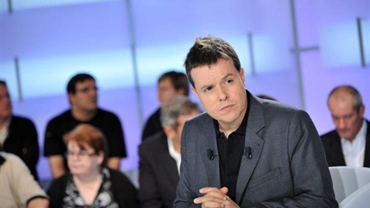 Nicolas Demorand ici sur France 5 (C politique) (AFP/IGUEL MEDINA)