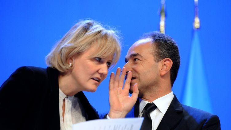 Nadine Morano et Jean-François Copé lors d'un meeting de l'UMP, le 28 janvier 2012 à Paris. (JOHANNA LEGUERRE / AFP)