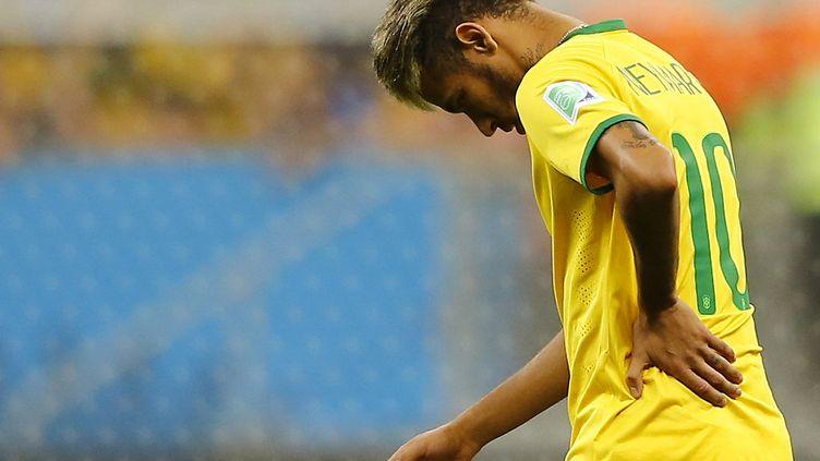 Neymar dos au mur avec la Seleçao. (? DOMINIC EBENBICHLER / REUTERS / X01771)