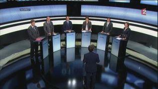 """Les six candidats à l'investiture socialiste pour 2012 sur le plateau de """"Des paroles et des actes, le débat des primaires"""". (FranceTV)"""