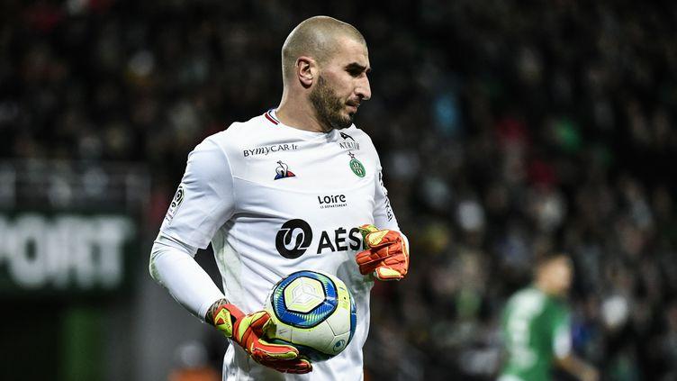 Stéphane Ruffier bientôt écarté de l'AS Saint-Etienne ? (JEFF PACHOUD / AFP)