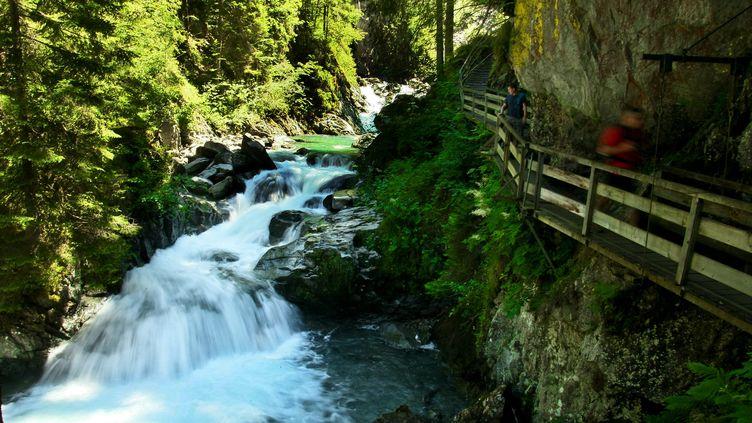 Les gorges de la Diosaz en Haute-Savoie, le 19 juillet 2010. (NORBERT FALCO / MAXPPP)