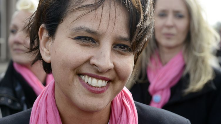 La porte-parole du gouvernement NajatVallaud-Belkacem, le 21 mars 2014 à Villeurbanne (Rhône). (JEAN-PHILIPPE KSIAZEK / AFP)
