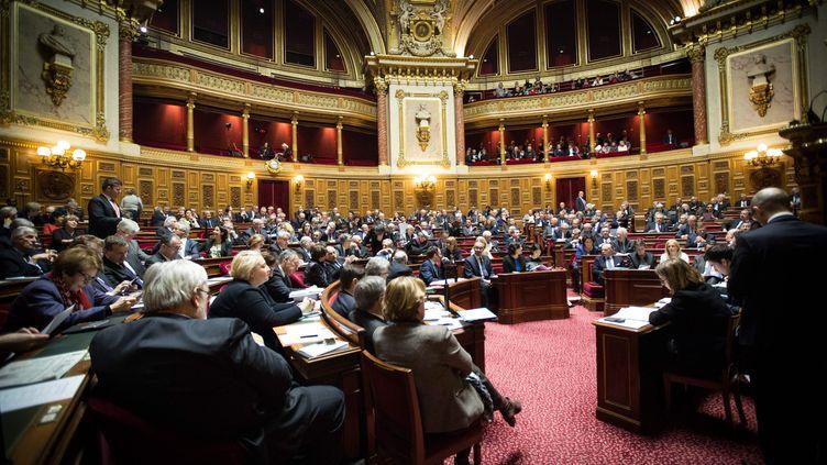 Les sénateurs réunis au Palais Bourbon, le 11 février 2016, à Paris. (MAXPPP)