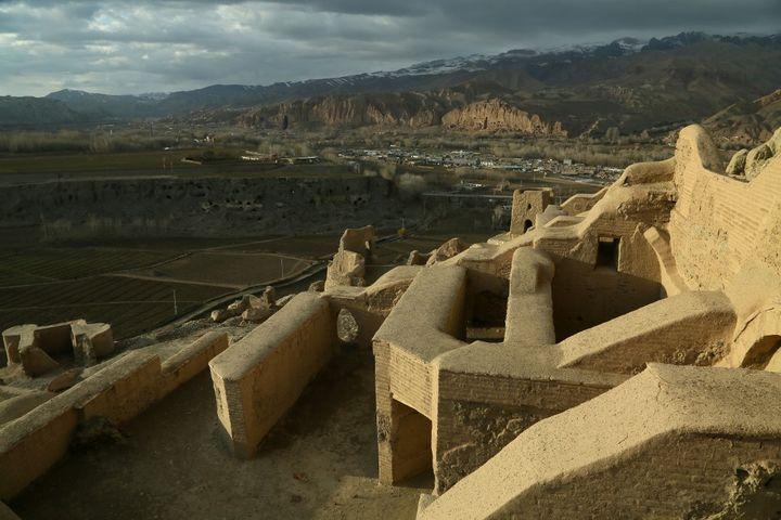 Sur le site de Bamyan (MOHAMMAD ALI SHAIDA / AFP)