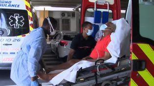 Guadeloupe : le CHU est sous tension (FRANCEINFO)
