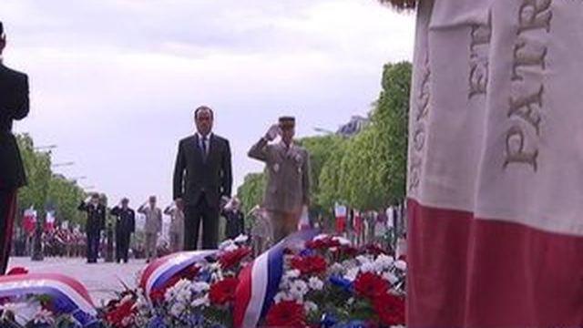François Hollande préside les commémorations du 8 mai
