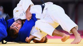 Luka Mkheidze lors de son quart de finale de judo (-60 kilos). (FRANCK FIFE / AFP)