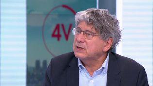 """Éric Coquerel, député La France insoumise de Seine-Saint-Denis, était l'invité des """"4 Vérités"""" sur France 2, jeudi 22 juillet. (CAPTURE ECRAN FRANCE 2)"""