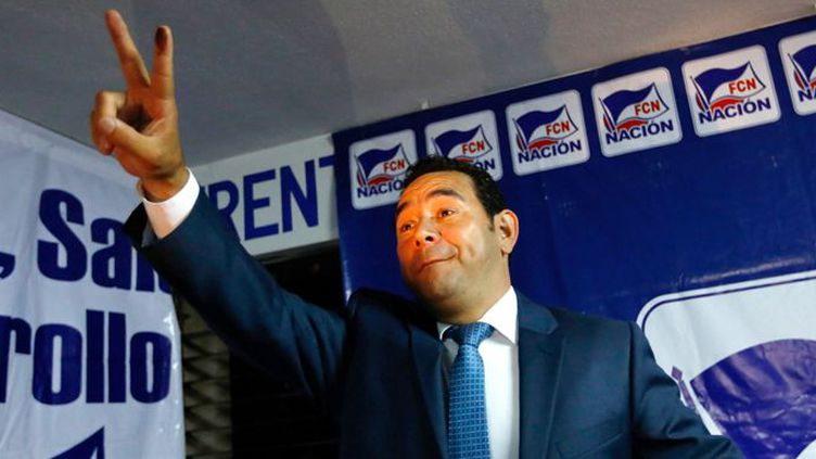Jimmy Morales, humoriste et candidat inexpérimenté présenté par le parti de droite FCN-Nacion à l'élection présidentielle au Guatemala, est arrivé en tête au premier tour. Verdict le 25 octobre 2015. (REUTERS/Jorge Dan Lopez)