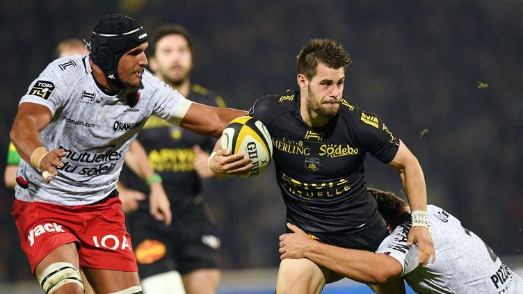 Arthur Retière et La Rochelle se qualifient en quarts de finale. (XAVIER LEOTY / AFP)