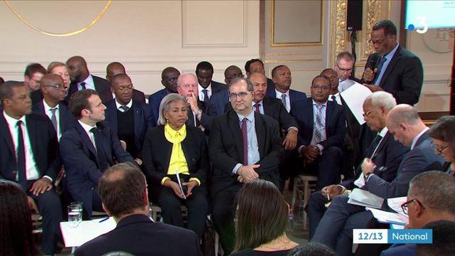 Outre-mer : une soixantaine d'élus à l'Elysée