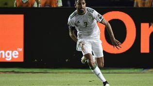 Riyad Mahrez célèbre son but face au Nigeria en demi-finale de la CAN, le 14 juillet 2019, au Caire en Egypte. (JAVIER SORIANO / AFP)
