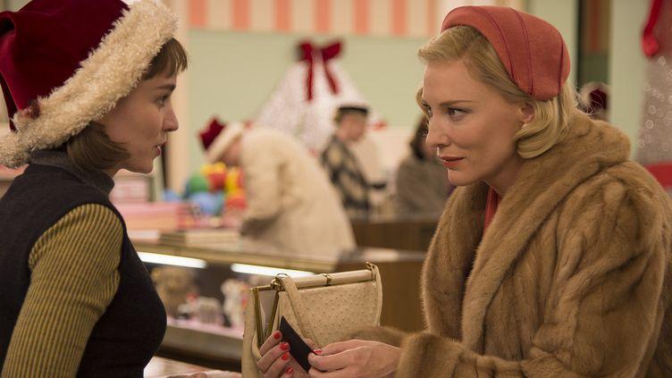 """Rooney Mara et Cate Blanchett dans """"Carol""""  (Number 9 Films Ltd. / Wilson Webb)"""