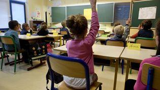 Une classe d'école primaire, le 4 septembre 2017 à Quimper, dans le Finistère. (FRED TANNEAU / AFP)