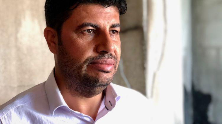 Mehmet, habitant d'Akçakale (Turquie), le 17 octobre 2019. (MATTHIEU MONDOLONI / RADIO FRANCE)
