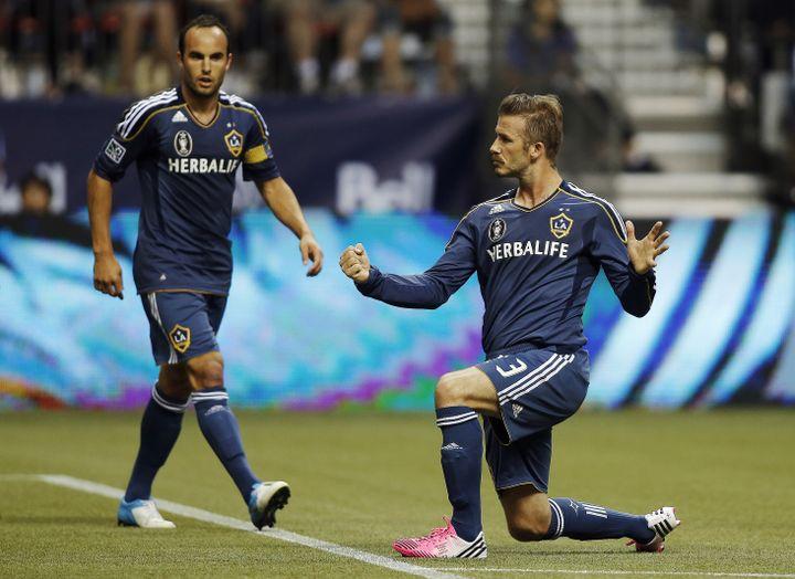 David Beckham, le milieu de terrain des Los Angeles Galaxy, célèbre son but contre Vancouver, le 18 juillet 2012. (BEN NELMS / REUTERS)